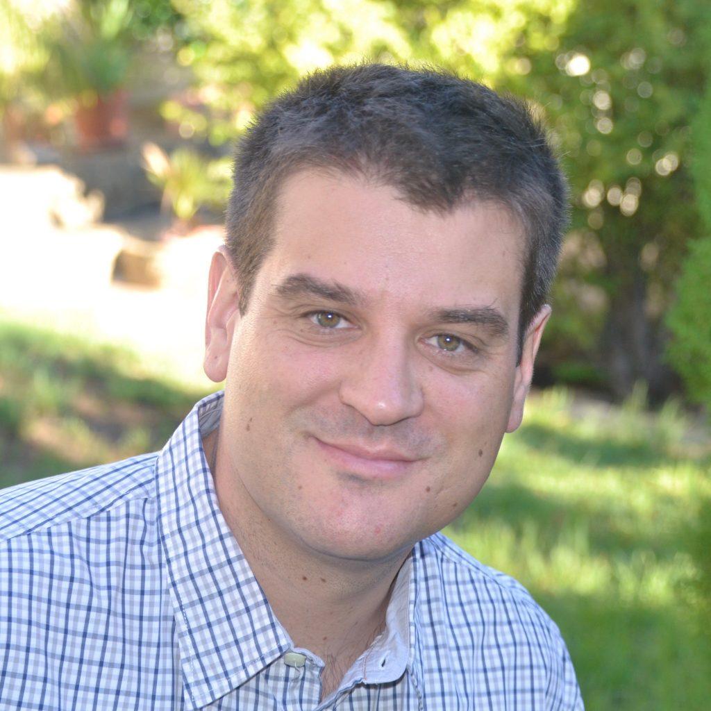 Dr. Tomas Zapata